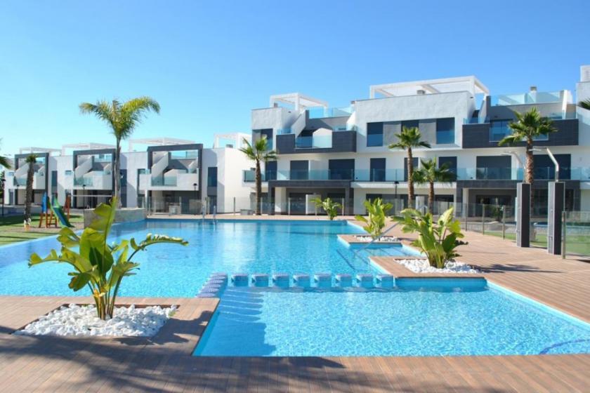 Top floor in Oasis Beach El Raso 10 Nº 042 in España Casas