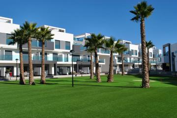 Ground floor in Oasis Beach El Raso 10 Nº 109 in España Casas