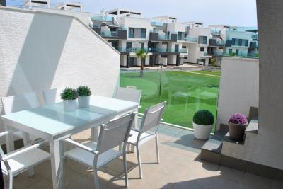 Penthouse appartement dans Oasis Beach El Raso 11 Nº 056 on España Casas